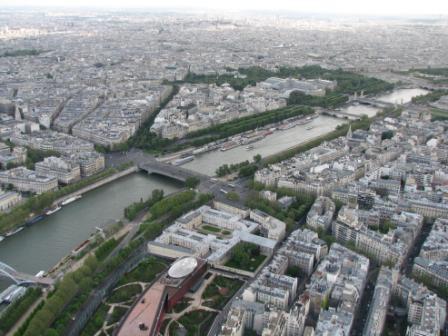 Париж Май
